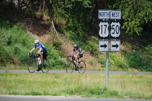 Kelly Smith and Judith Longley at Mile 734