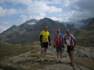 Mike, Kenneth and Eduardo on the Gavia Pass