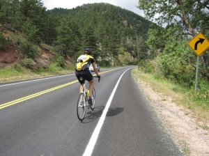 Lots of roadies on the way up Lefthand Canyon.