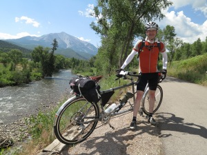 The bike trail south of Glenwood Springs.