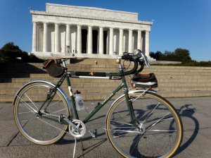Cambium atop my Rivendell SimpleOne at the Lincoln Memorial.